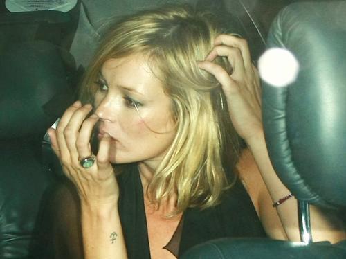 Celebs with tattoos kate moss tattooed celebs heart for Kate moss tattoo