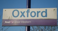 Sign of Oxford Railway Station