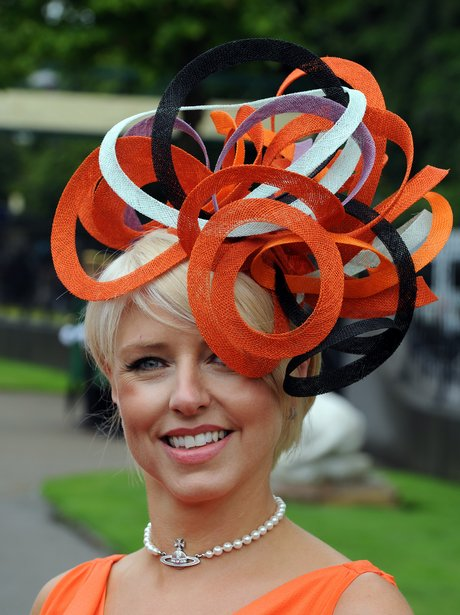Сделать необычные шляпы своими руками