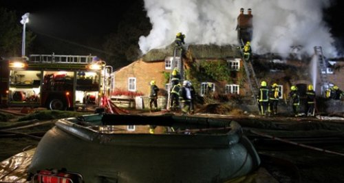 Brockenhurst thatched cottage fire 1