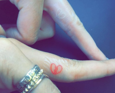 Kendall Jenner and Hailey Baldwin's finger tatts