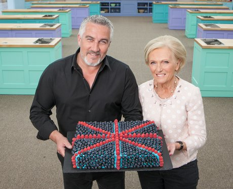 mary berry shows off new hair do