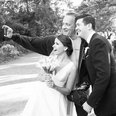 Tom Hanks crashes couples wedding photos