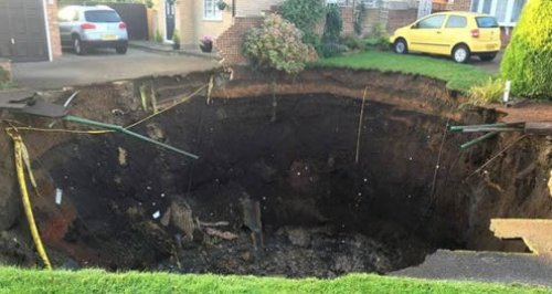 St Albans Sinkhole Fontmell Close