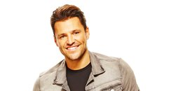Mark Wright 2048 full length presenter photo
