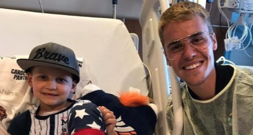 Justin Bieber Makes A Surprise Visit To A Children's Hospital